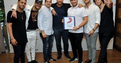 """Grupo """"Lo Blanquito"""" firman contrato internacional con Sony Music"""