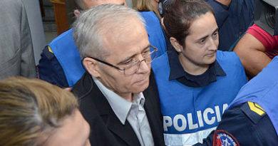 Condenan a 25 años de cárcel a sacerdote argentino por abuso de menores