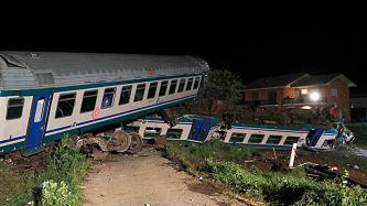 Descarrilamiento de tren en Italia deja al menos dos muertos y varios heridos