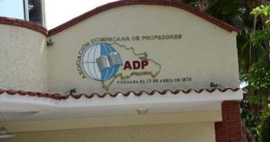ADP amenaza con no dar inicio al próximo año escolar en San Juan