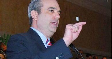 Abinader insiste partidos decidan sobre primarias