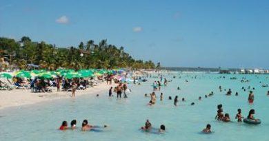 Júbilo en Boca Chica, gobierno inicia proyecto de saneamiento de playa
