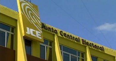 JCE se contradice al prohibir ahora campaña política