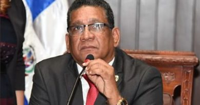 Maldonado acusa a los diputados del PLD de boicotear la sesión de hoy