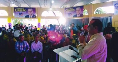 Manuel Crespo presenta proyecto presidencial Relevo Democrático