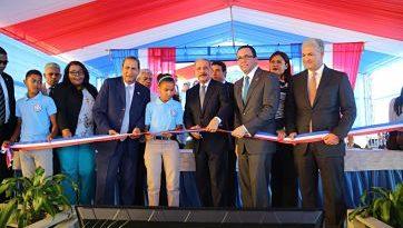 Revolución Educativa del Presidente Danilo Medina entrega tres modernos centros educativos en la Romana
