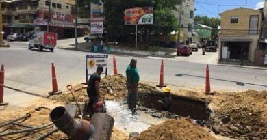 Decenas familias quedan sin agua potable en Santiago