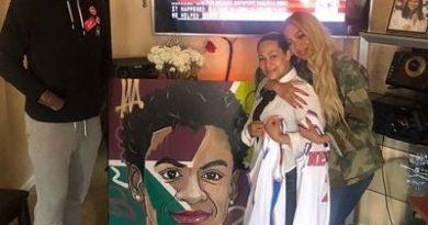 El jugador Carmelo Anthony visita familia del niño asesinado en el Bronx