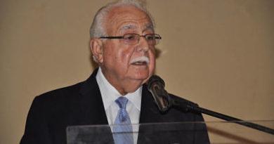 Antonio Isa Conde: hay que firmar el pacto eléctrico sea como sea