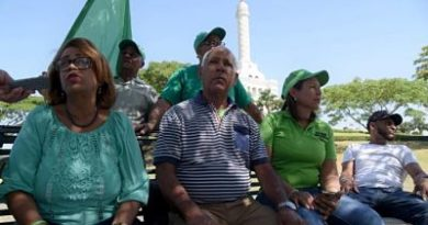 Marcha Verde instala campamento en Santiago a pesar de que la Policía se lo impidió ayer