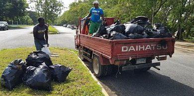 Medio Ambiente hace jornada contra el plástico