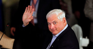 EE.UU. aprueba la extradición del ex Presidente panameño Ricardo Martinelli