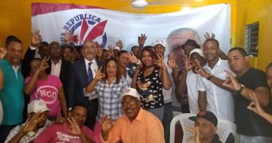 Partido Alianza Nueva República presidido por Dr. Alexis Joaquín Castillo celebra encuentro con lideres comunitarios