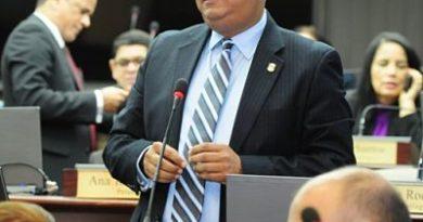 Diputado PLD dice Domínguez Brito se deja utilizar de sectores contra el PLD