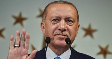 Erdogan reivindica la victoria en unas reñidas elecciones presidenciales en Turquía