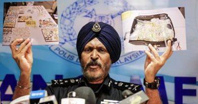 El exprimer ministro malasio poseía 200 millones en artículos de lujo