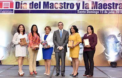 Andrés Navarro aboga por construcción de liderazgos auténticos basados en el bien común