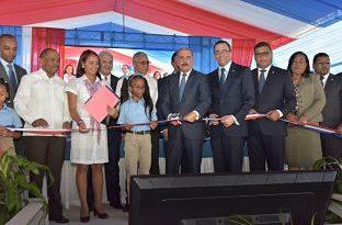 Presidente Danilo Medina entrega un nuevo centro educativo y la ampliación del Politécnico Loyola en San Cristóbal