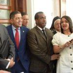 Abogados del PRM depositan expediente en la Fiscalia para investigar a Joao Santana y Mónica Moura