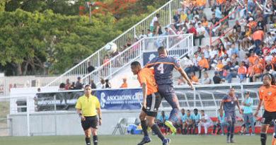 Jackinto y Daly guían la victoria del Cibao FC