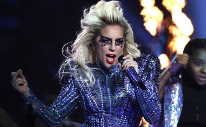 Lady Gaga perturba Instagram con foto de su trasero (FOTOS)