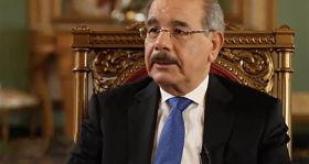A Danilo Medina le esperan dos años de duros retos políticos que influirán en su gobierno