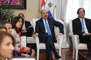 Danilo Medina da seguimiento a los avances del Plan de Reordenamiento del Transporte Público y la Seguridad Vial