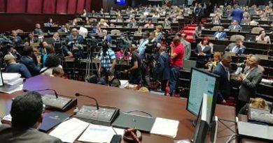 Diputados continúan los debates de dos informes sobre proyecto Partidos