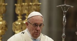 """El papa dice que redes sociales pueden ser beneficiosas si se usan con """"prudencia"""""""