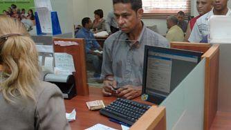 Esperan decreto haga sostenible reglas a banca