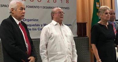 """Hipólito en campaña; dice aumentará apoyo a """"mipymes"""""""