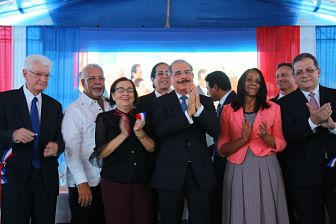 Presidente Danilo Medina deja en funcionamiento el Sistema 9-1-1 en Peravia