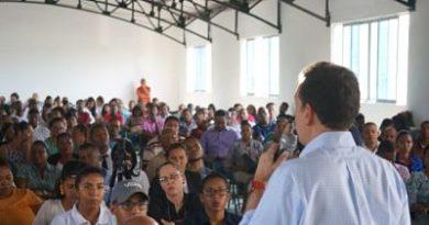 """Ito Bisonó dice que la inseguridad es """"una amenaza para la juventud"""" de RD"""