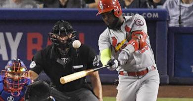 Marcell Ozuna jonrón 17 en triunfo de los Cardenales ante los Dodgers
