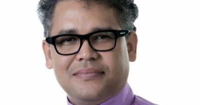 Carlos Peña arremete contra reelección de Danilo Medina.