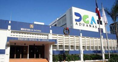 Revelan Aduanas ha decomisado mercancías de contrabando por más de 800 millones de pesos