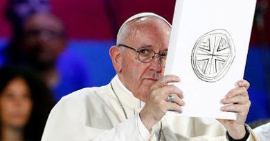 """""""Sufrimiento"""" y """"vergüenza"""": El papa Francisco habla del """"fracaso"""" de la Iglesia ante los abusos"""