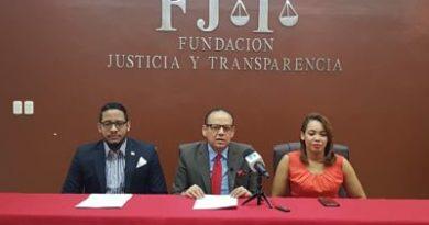 Fundación Justicia y Transparencia fustiga a las ARS y pide su eliminación