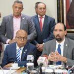 Comisión recomienda que cúpulas partidarias decidan modelo primarias