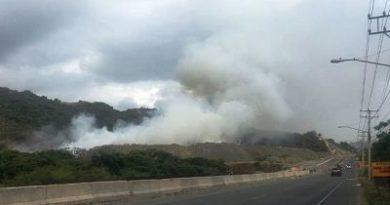 Se incendia otra vez vertedero municipal de Puerto Plata, humareda afecta actividades turísticas