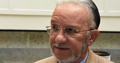 Senador Amable Aristy dice apoyaría se modifique Constitución para reelección de Medina