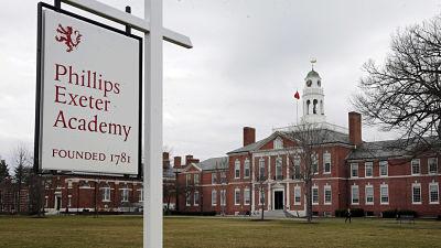 Acusan de abuso sexual a 11 empleados de una prestigiosa escuela en EE.UU.