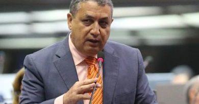 """Diputados leonelistas califican como """"un golpe"""" a la democracia reelección de Gustavo Sánchez como vocero bloque del PLD"""