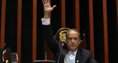 Senadores eligen a unanimidad nuevo bufete directivo