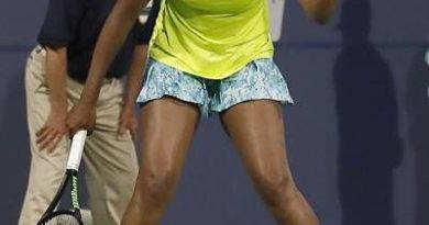 Venus Williams avanza en San José; Keys se retira