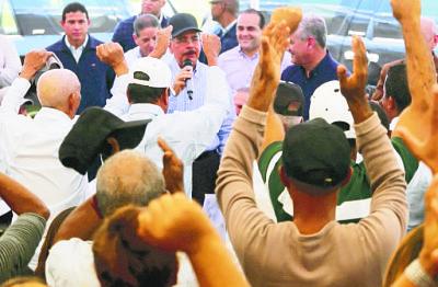 221 Visitas Sorpresa: nueva forma de gobernar ha llevado prosperidad a más de 3 mil parajes y campos del país