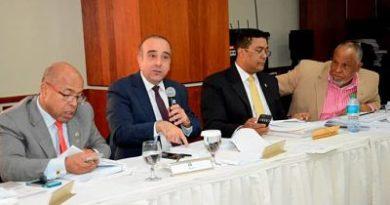 Comisión Bicameral conforma subcomisión para delimitar funciones de integrantes de la JCE