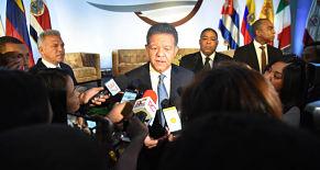 Leonel Fernández reitera Ley de Partidos debe estar sujeta a la Constitución