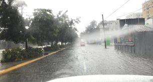 Suben provincias en alerta por lluvias que continuarán y han aislado 10 comunidades