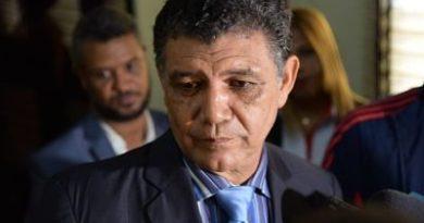 Alcalde Francisco Peña llama a tomar precaución con haitianos por casos de malaria